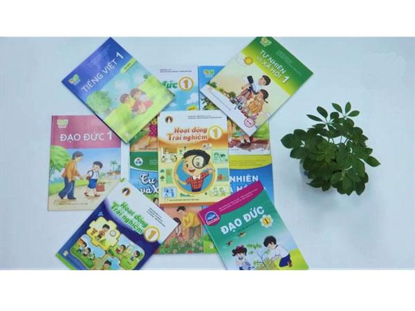 Dạy trẻ bảo vệ môi trường qua Sách giáo khoa mới